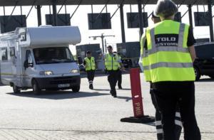 Δανία: Αυστηρούς ελέγχους στα σύνορα με τη Σουηδία μετά τις επιθέσεις στην Κοπεγχάγη