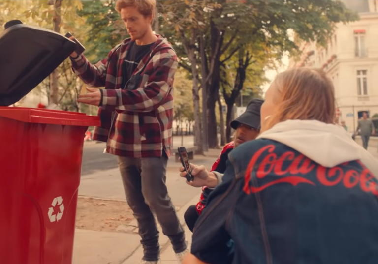 H Diesel συνεργάζεται με την Coca-Cola για τον σχεδιασμό μιας Capsule Collection από ανακυκλωμένα υλικά