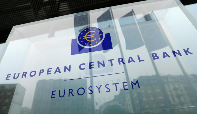 «Καμπανάρα» από την ΕΚΤ για Ελλάδα: Πρόβλημα με τα κόκκινα δάνεια και την ρευστότητα