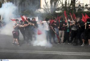 Φοιτητές κάνουν πορεία στο κέντρο της Αθήνας για την κατάργηση του ασύλου [pics]