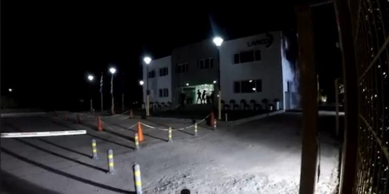 Επίθεση του Ρουβίκωνα στα γραφεία της ΛΑΡΚΟ – Video