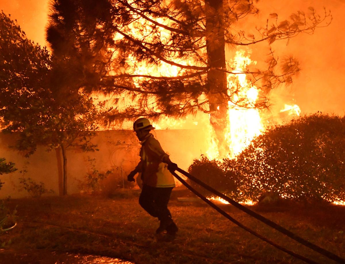 Καλιφόρνια: Αυτή είναι η κόλαση! Εικόνες – σοκ από την τεράστια πυρκαγιά! video, pics