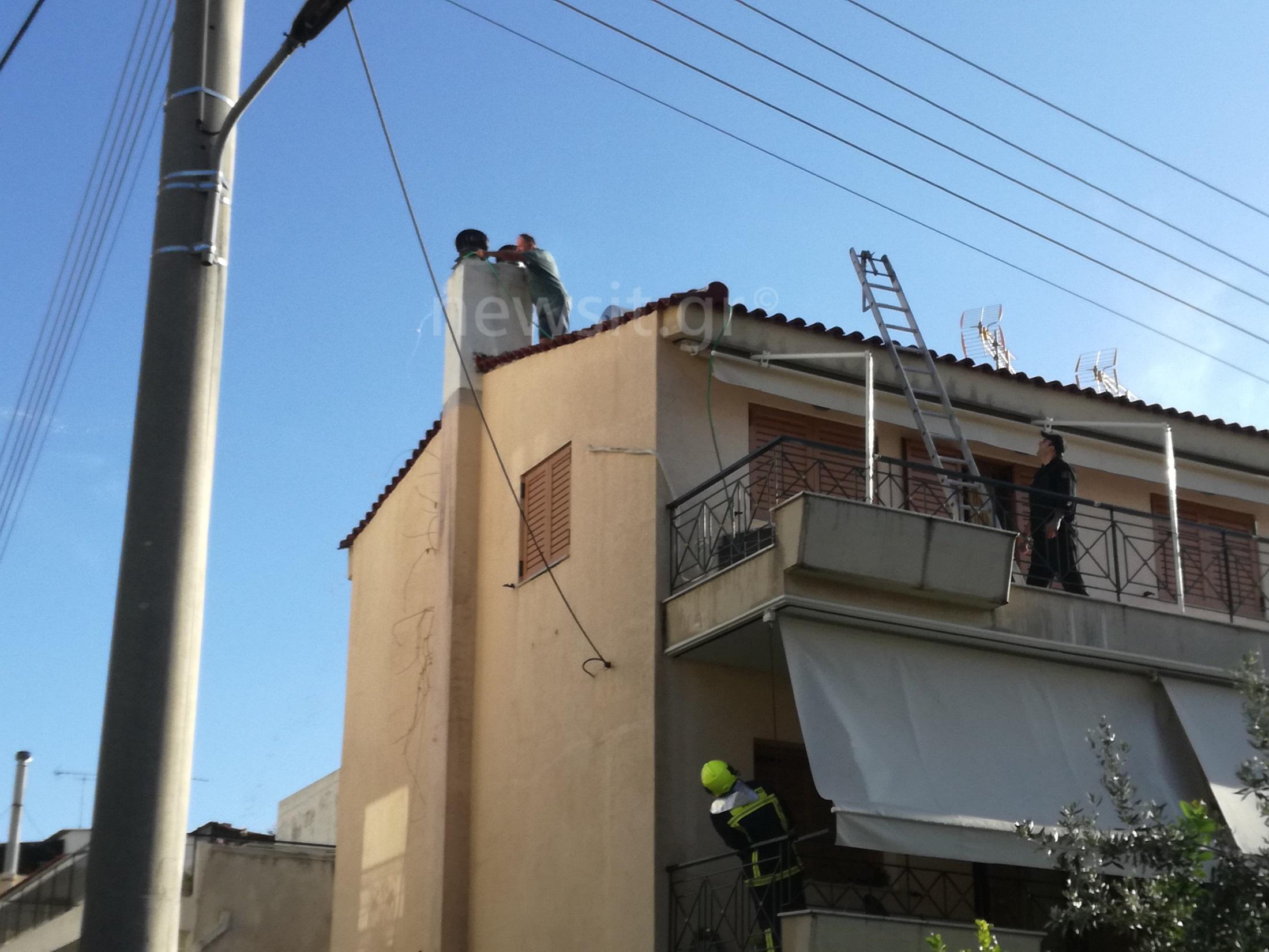 Συναγερμός για φωτιά σε σπίτι στην Γλυφάδα