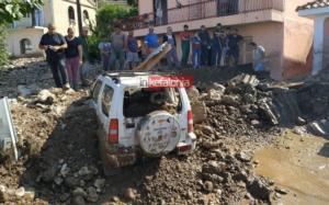 Καιρός: Η λάσπη έθαψε αυτοκίνητα και ζώα στην Κεφαλονιά!
