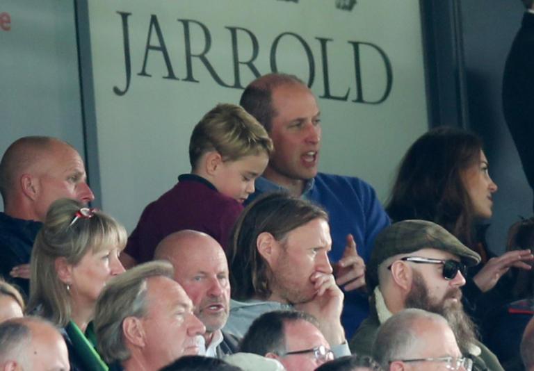 Ο πρίγκιπας Τζορτζ πήγε γήπεδο για πρώτη φορά – Η μοναδική αντίδραση του! [Pics, video]