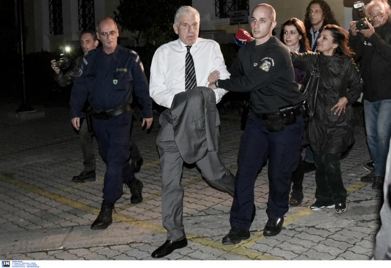 Γιάννος Παπαντωνίου: Στη φυλακή για άλλους έξι μήνες