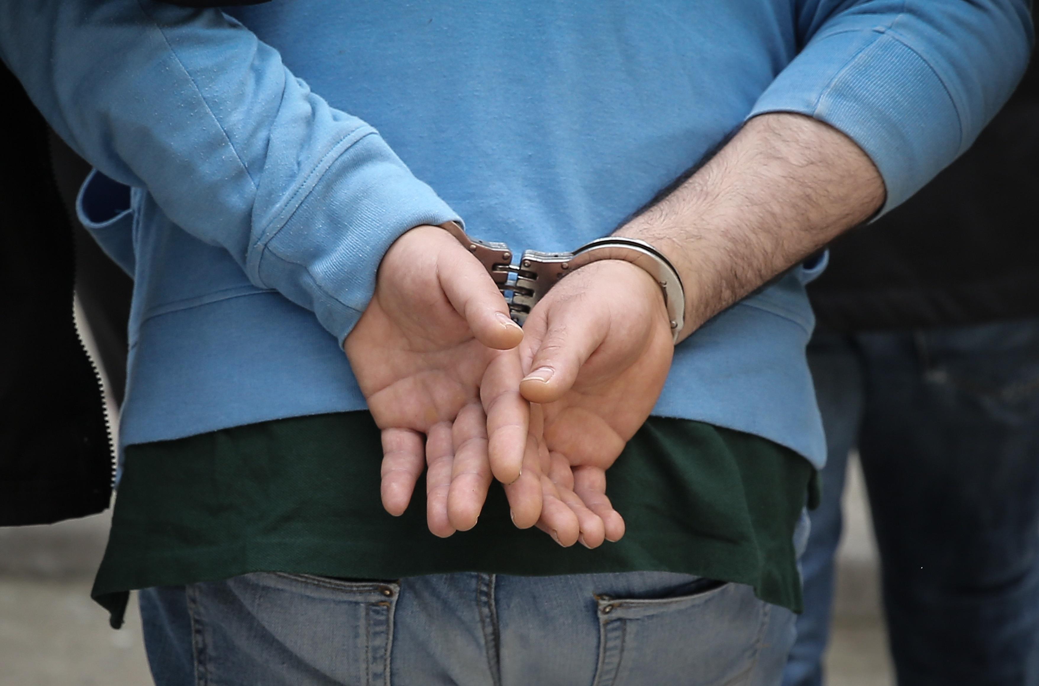Αίγιο: Συνελήφθη ανήλικος έμπορος ναρκωτικών!