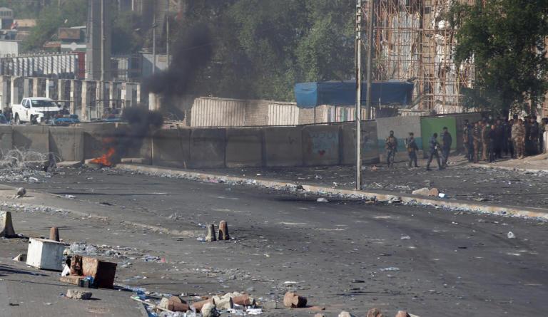 Ιράκ: Γεμίζουν πτώματα οι διαδηλώσεις – 44 νεκροί και εκατοντάδες τραυματίες – video