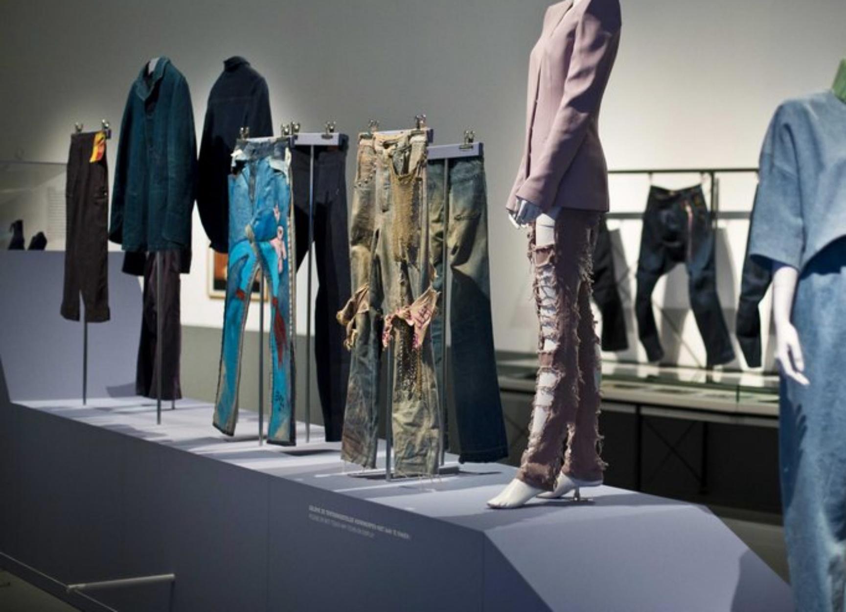 Levi's 501: Η ιστορία πίσω από το τζιν παντελόνι που λατρεύτηκε απ' όλο τον πλανήτη