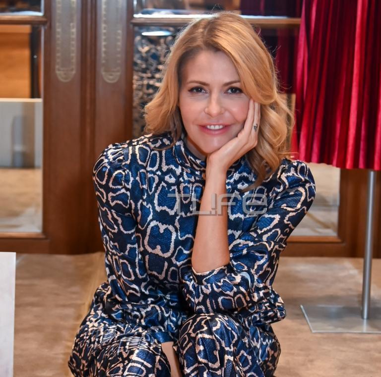 Τζένη Μπαλατσινού: Αυτό είναι το νέο επαγγελματικό βήμα της συζύγου του Βασίλη Κικίλια! [pics]
