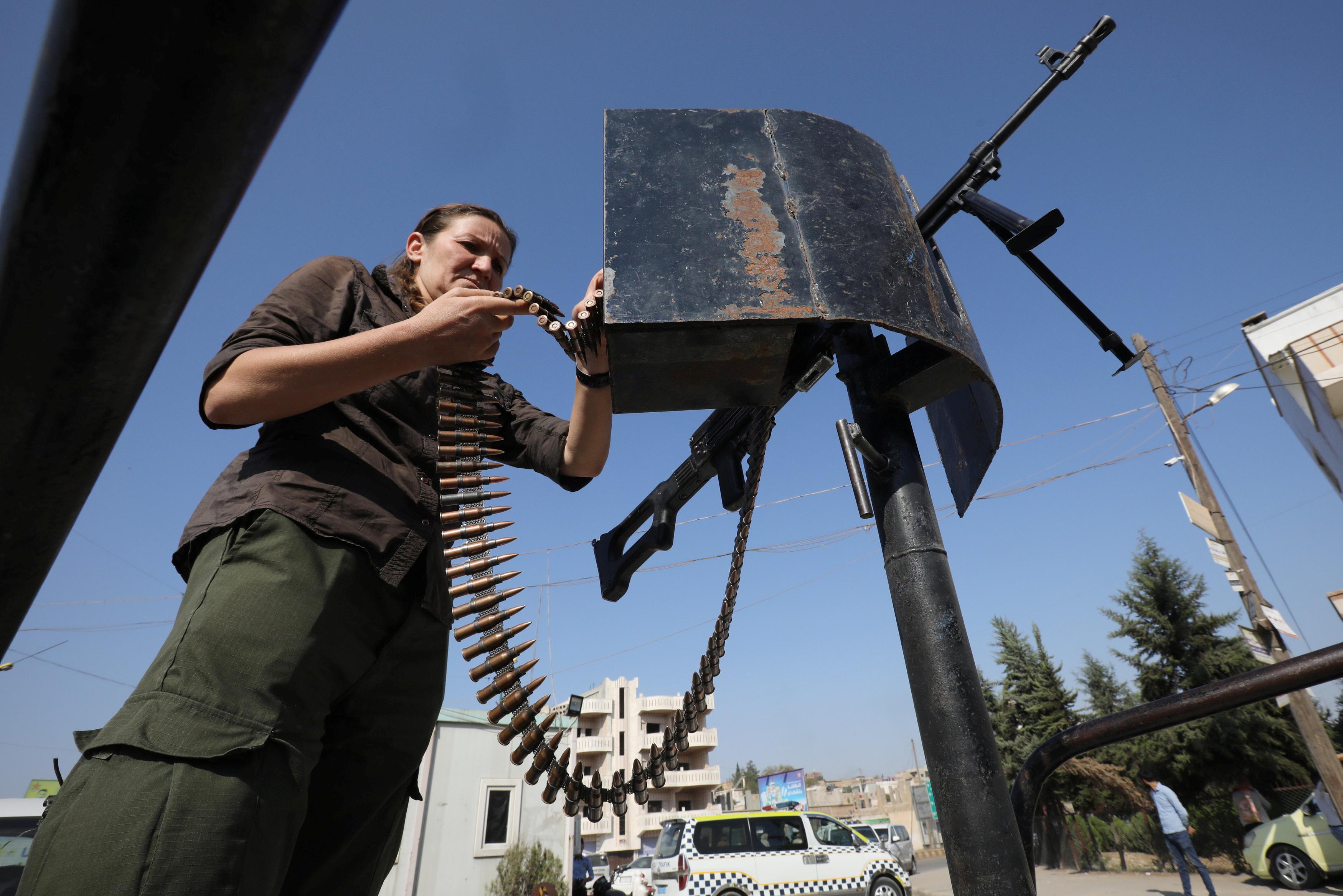 Συρία: Τελικά… αποχώρησαν ή όχι οι Κούρδοι – Άλλα λένε οι ΗΠΑ άλλα η Ρωσία