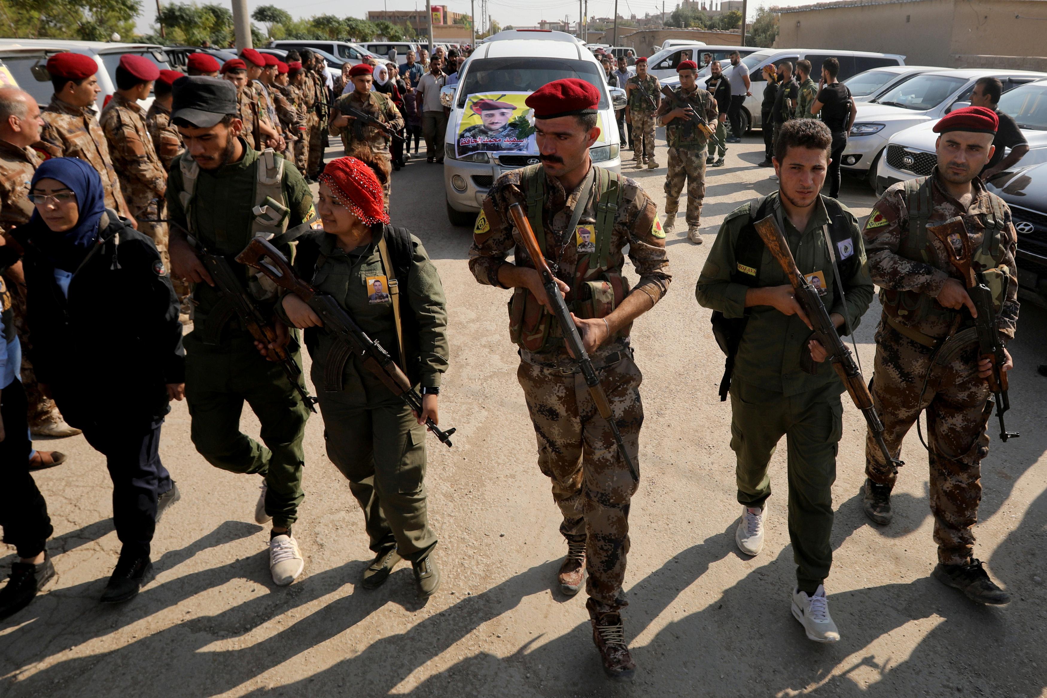 Συρία: Κάλεσμα στους Κούρδους να ενταχθούν στον στρατό του Άσαντ