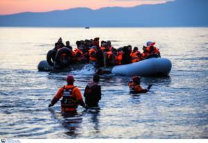 Κέρκυρα: Νύχτα κόλαση στην Αδριατική θάλασσα – Λέμβος με μετανάστες έφτασε στην Ιταλία!
