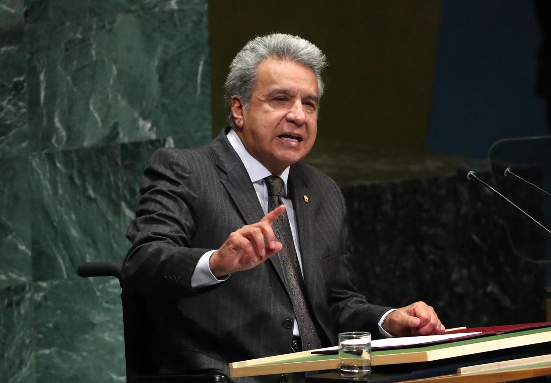 Ισημερινός: Ο πρόεδρος Μορένο και η κυβέρνηση μειώνουν τους μισθούς τους κατά 50% λόγω κορονοϊού