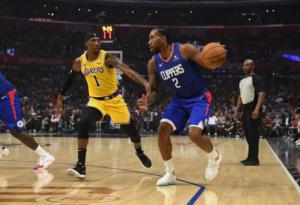NBA: Ο Λέοναρντ έκρινε το ντέρμπι το Λος Άντζελες! Με το δεξί ξεκίνησαν οι πρωταθλητές!