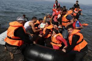 """Ζεεχόφερ: """"Βοήθεια τώρα σε Ελλάδα – Τουρκία αλλιώς θα σκάσει προσφυγικό κύμα μεγαλύτερο του 2015""""!"""
