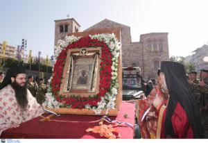 Θεσσαλονίκη: Με λαμπρότητα η λιτάνευση των εικόνων του Αγίου Δημητρίου και της Παναγίας Σουμελά – video