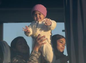 Πειραιάς: Στο λιμάνι 197 μετανάστες από Χίο και Μυτιλήνη
