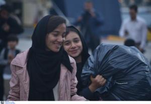 Ελευσίνα: Στο λιμάνι 693 μετανάστες από την Σάμο