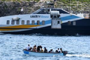 Μετανάστες δηλώνουν ότι θα θαλασσοπνίγονταν ξανά για να φτάσουν στην Ευρώπη!
