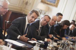 Υπουργικό: Ψήφος αποδήμων, ΔΕΗ, ΔΕΠΑ και… αναβολή για Brexit