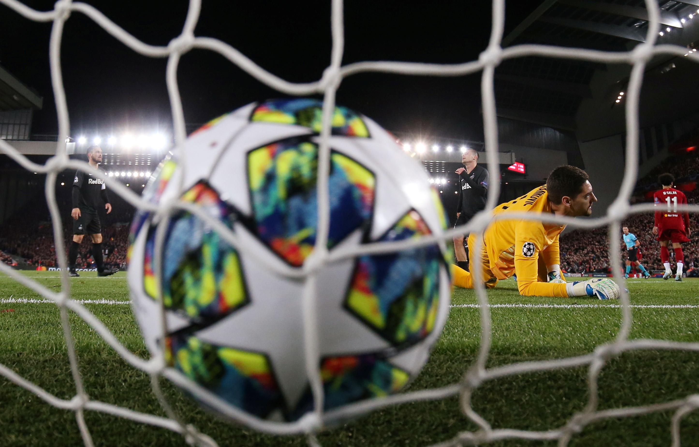 Champions League: Προβάδισμα για ομίλους η Μάλμε, «ζωντανή» η Αϊντχόφεν με την Μπενφίκα