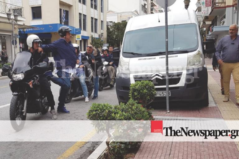 Ο Μπέος σε ρόλο… σερίφη! Έδιωχνε οδηγούς που είχαν παρκάρει παράνομα!