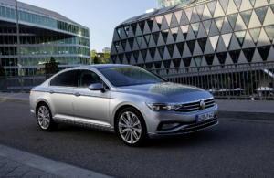 Ανακοινώθηκαν οι τιμές και οι εκδόσεις του νέου Volkswagen Passat