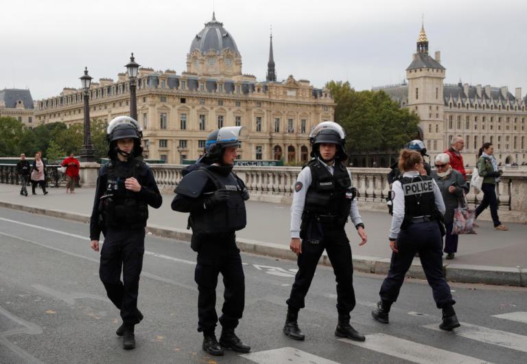 Μακελειό στο Παρίσι! Τέσσερις οι νεκροί αστυνομικοί