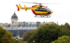 Πέντε συλλήψεις στο Παρίσι μετά το μακελειό στο αρχηγείο της αστυνομίας