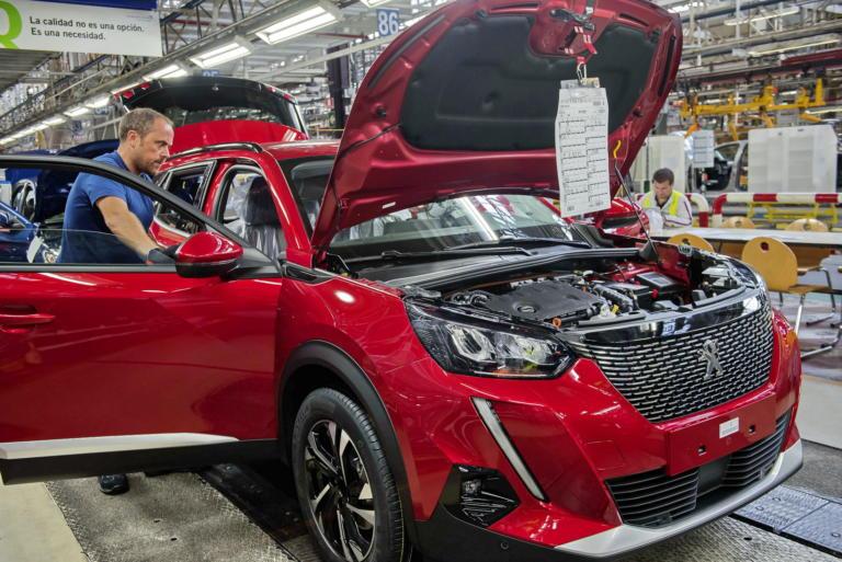 Η Peugeot στέλνει την παραγωγή του νέου 2008 στην Ισπανία