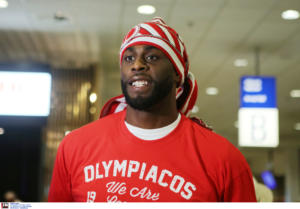 Ολυμπιακός: Στην Ελλάδα ο Ριντ! Έγινε… γαυράκι ο Αμερικανός [pics]