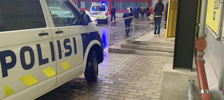 Φινλανδία: Ένας νεκρός, πολλοί τραυματίες από μανιακό με σπαθί