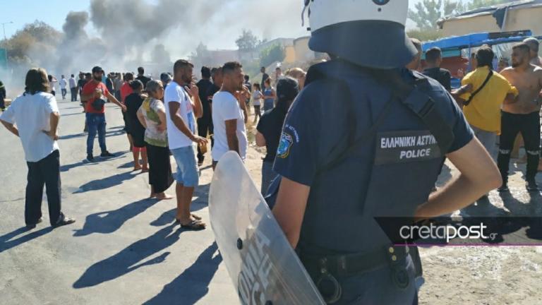 Κρήτη: Ένταση, λιποθυμίες και οδοφράγματα σε καταυλισμό Ρομά – video