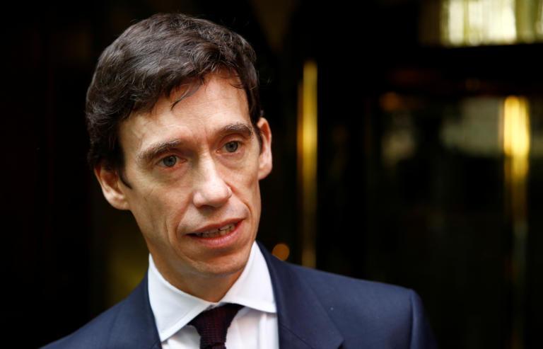 Ρόρι Στιούρτ: Απέτυχε να πάρει τη θέση της Μέι – Πάει για δήμαρχος Λονδίνου