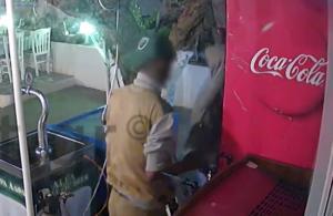Σάμος: Η επιδρομή των 12 δευτερολέπτων σε εστιατόριο – Το βίντεο ντοκουμέντο και το ξέσπασμα του ιδιοκτήτη!