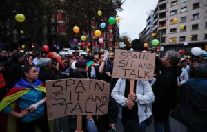 """Καταλονία: """"Βράζουν"""" για την Μαδρίτη που… δεν λέει κουβέντα!"""