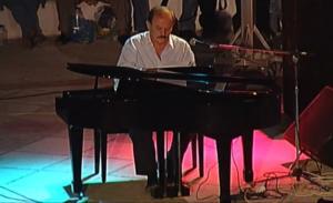 """Σπανός: """"Γνώριζε πώς να αγγίζει την καρδιά και το συναίσθημα – Διαμόρφωσε την ελληνική μουσική""""!"""