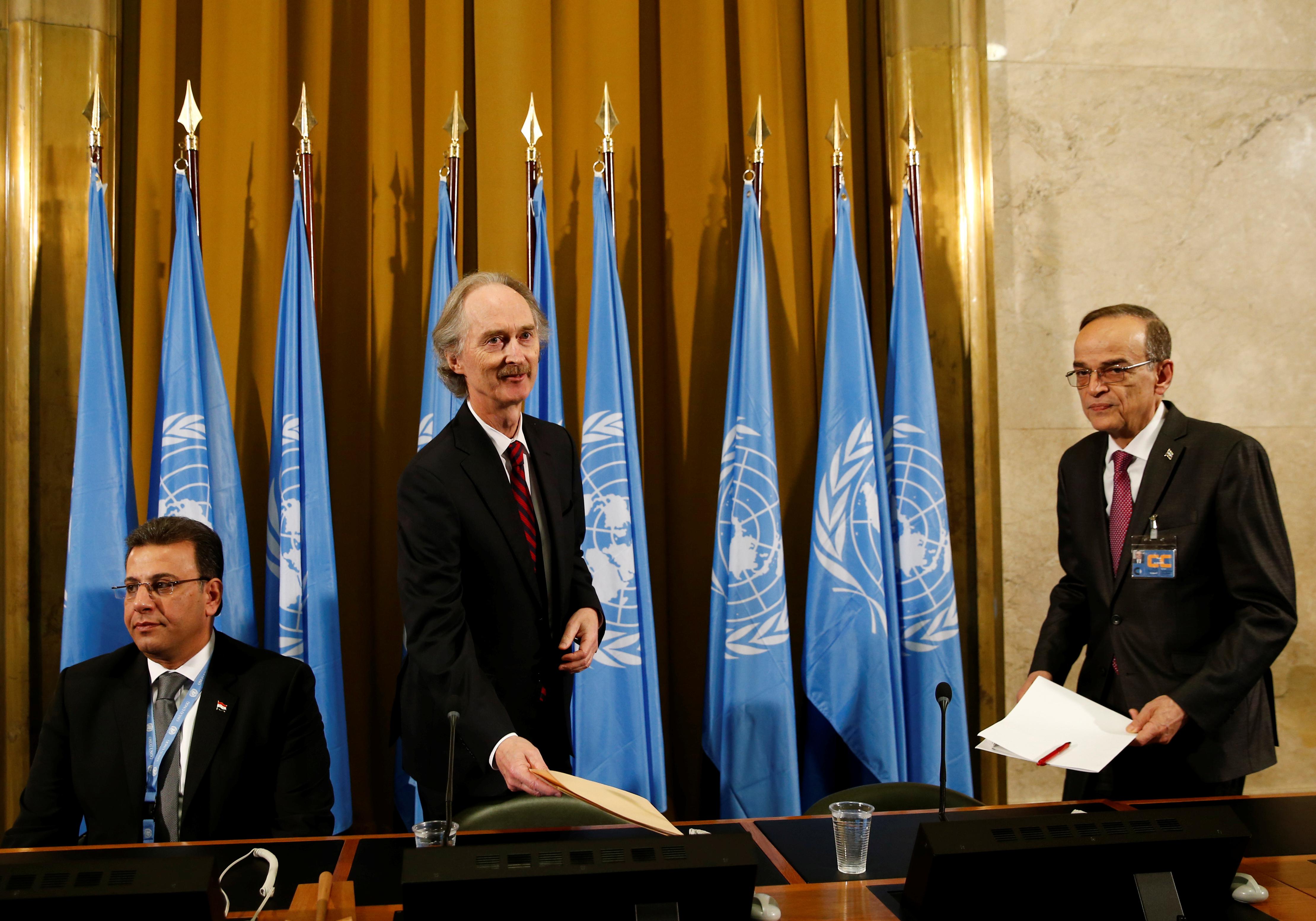 Συρία: Στο ίδιο τραπέζι κυβέρνηση και αντιπολίτευση μετά από 8,5 χρόνια εμφύλιου σπαραγμού