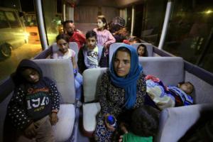 Τουρκία: Περίπου 70 Σύροι πρόσφυγες επέστρεψαν στην πόλη Ρας αλ Άιν