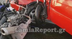 Τροχαίο Εθνική Οδός: Εικόνες που κόβουν την ανάσα μετά από σύγκρουση μηχανής με αυτοκίνητο – video