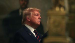 Τραμπ: Μία ακόμη… κωλοτούμπα μετά τον παγκόσμιο σάλο!