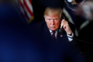 Τραμπ – γκαίητ: Και δεύτερος μάρτυρας καίει τον Αμερικανό Πρόεδρο