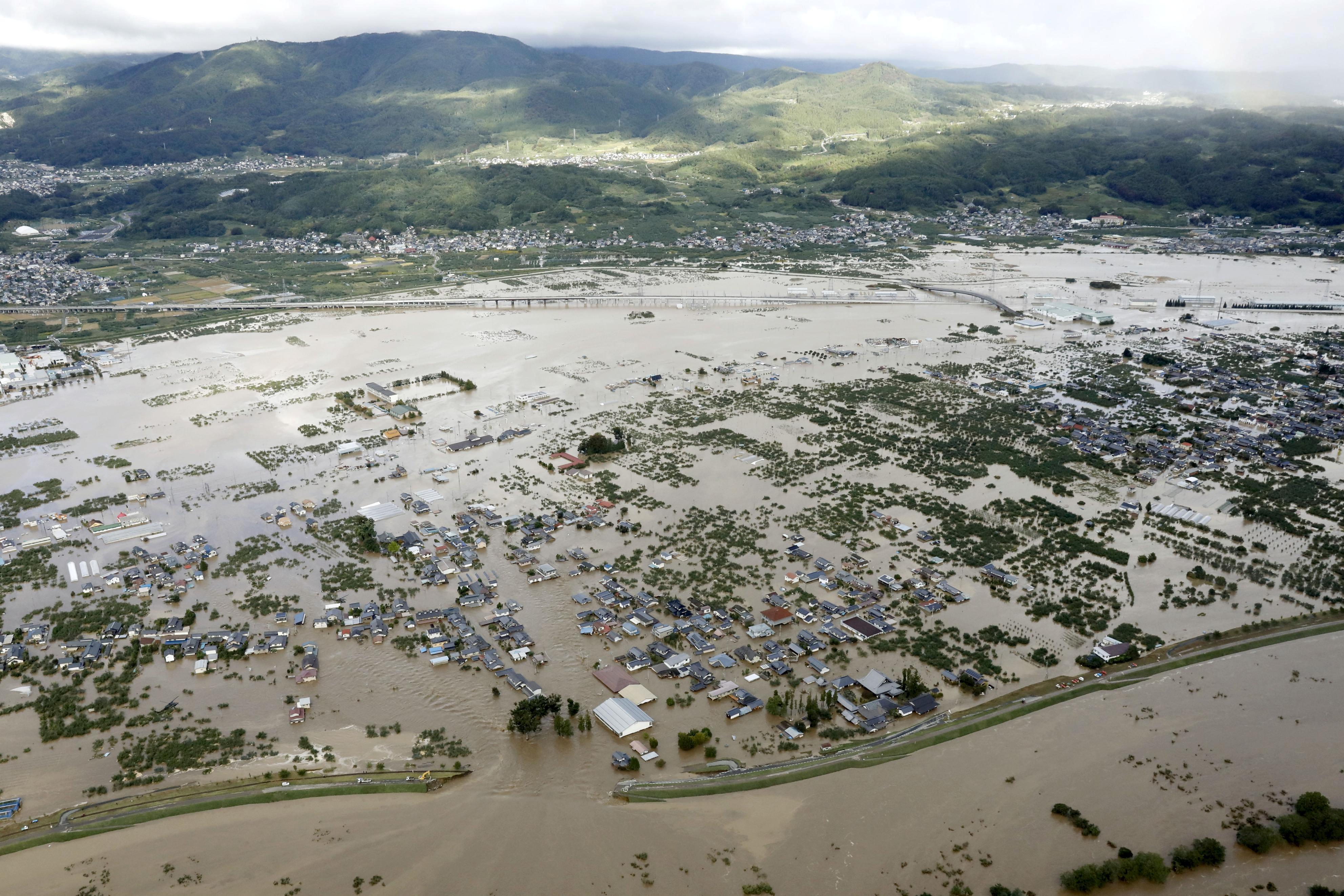 Ιαπωνία: Τεράστιες καταστροφές από τον τυφώνα Χαγκίμπις - 11 νεκροί ο νεότερος απολογισμός