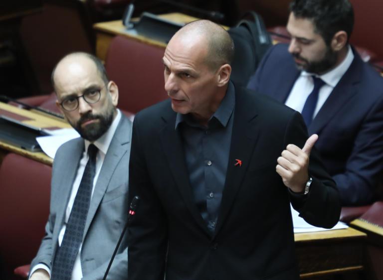 Βαρουφάκης: Η ΝΔ ενισχύει το καθεστώς που υπήρχε επί ΣΥΡΙΖΑ στο μεταναστευτικό