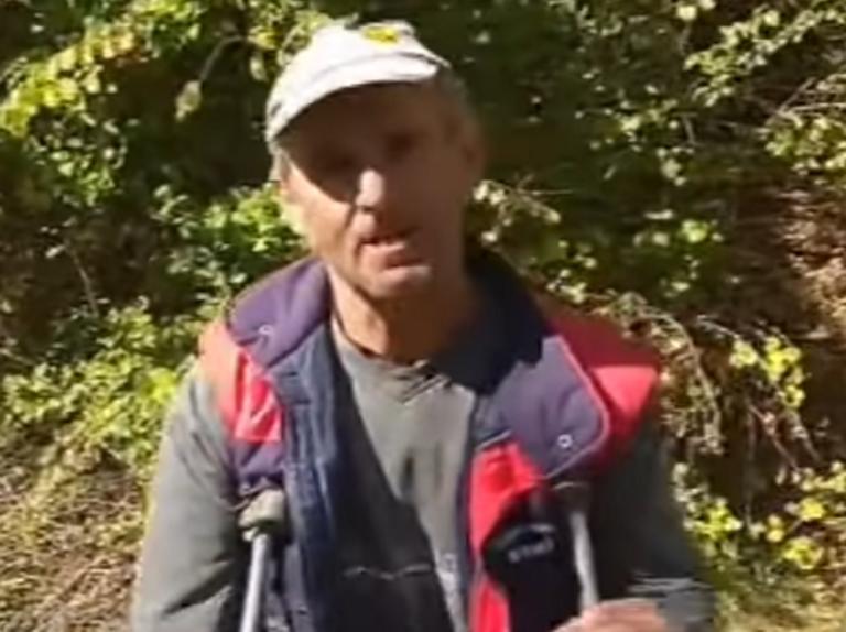 """Καστοριά: Αυτός είναι ο βοσκός που δέχτηκε επίθεση από αρκούδα – """"Είπα πως η ζωή εδώ τελειώνει"""" – video"""