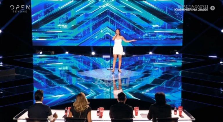 Διαγωνιζόμενη έκανε την ανατροπή και δίχασε την κριτική επιτροπή του X Factor!