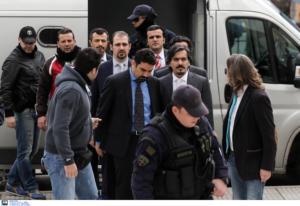 """Τουρκία: Το απόρρητο σχέδιο για να πάρει πίσω τους 8 """"πραξικοπηματίες"""""""