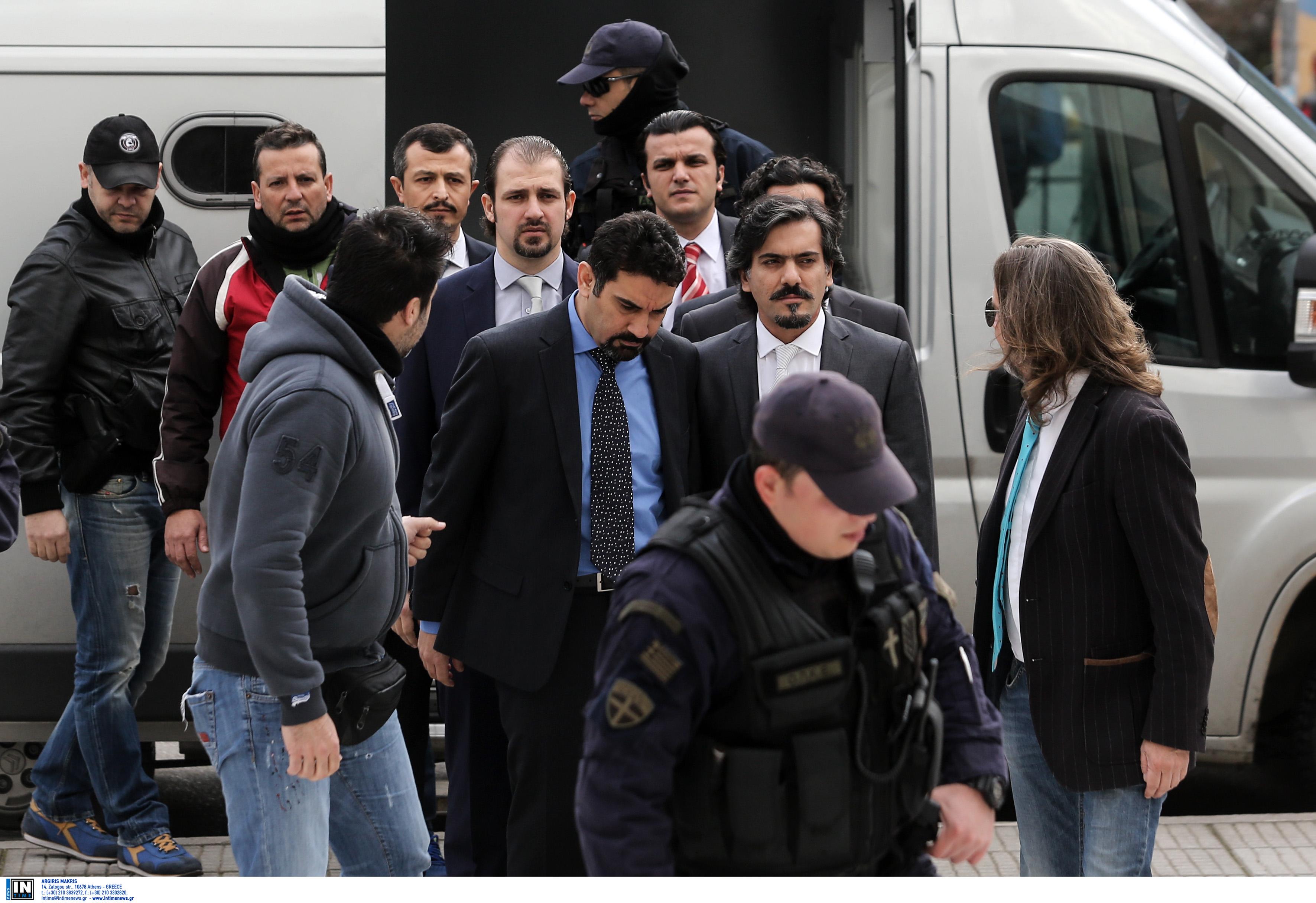 """Αποκάλυψη: Το απόρρητο σχέδιο της Τουρκίας για να πάρει πίσω τους 8 """"πραξικοπηματίες"""" - Η στρατιωτική επιχείρηση που ματαιώθηκε την τελευταία στιγμή"""