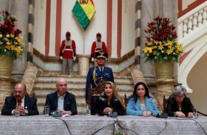 Βολιβία: Χειροπέδες σε Μοράλες αν γυρίσει – Απέλαση διπλωματών του Μαδούρο!